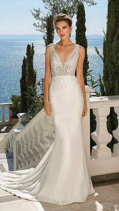 Elegant Wedding Dress, Dream Wedding Dresses, Designer Wedding Dresses, Bridal Dresses, Wedding Gowns, Fit And Flare, Justin Alexander Bridal, Wedding Gown Gallery, Wedding Photos