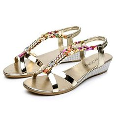 Hunputa Women Summer Rhinestone Flat Sandals Boho Beach Shoes Gold 39US 8 * You can find out more details at the link of the image.