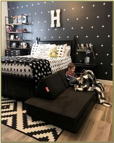 16 Amazing Bedroom Ideas For Teenage Guys With Small Rooms - ust because you have got space that is little does not imply that you would like to pick a mattress. Design strategies for girl bedroom ideas for chambers that are smaller teenage bedroom. Teen Boy Rooms, Teenage Room, Teenage Guys, Teenage Boy Bedrooms, Teen Boy Bedding, Teen Boys, Kid Bedrooms, Girl Rooms, Boys Bedroom Furniture
