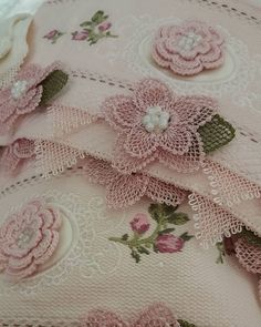 Helly Hansen, Tatting, Sticker Chart, Knit Shoes, Video Pink, Sunflower Tattoo Design, Needle Lace, Homemade Beauty Products, Jacquard Weave