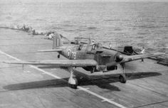 Fairey FULMAR on aircraft carrier deck. Military Jets, Military Aircraft, British Aircraft Carrier, Royal Navy Aircraft Carriers, Attack Helicopter, Ww2 Planes, Ww2 Aircraft, Navy Ships, Royal Air Force
