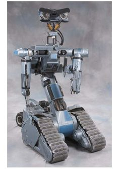 54 memorable sci-fi robots -not really Lego Mindstorm but could use for class.