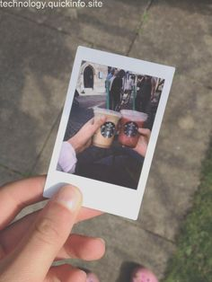 Polaroid camera pictures, polaroid photos и polaroid instax. Polaroid Camera Pictures, Tumblr Polaroid, Polaroid Instax, Polaroid Wall, Polaroids, Instax Mini 8, Donia, Foto Art, Foto Instagram