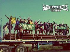 Muleros: fútbol, pasión y muerte por las carreteras de Colombia | VICE | Colombia