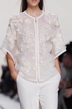 White on White - zipper-front blouse with embroidery & decorative fabric flower appliqué textures - delicate fashion details // Elie Saab
