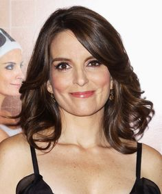 The Way Tina Fey Handles Her Body Hair Is an Inspiration to All Beauty News, Beauty Trends, Beauty Secrets, Beauty Hacks, Celebrity Haircuts, Mane Event, Tina Fey, Daily Beauty, Anti Aging Tips