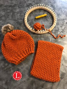loom knitting Not Crocheted Hat and Cowl Loom Knitting For Beginners, Round Loom Knitting, Loom Knitting Stitches, Loom Knitting Projects, Hand Knitting, Loom Crochet, Loom Knit Hat, Crochet Hats, Loom Patterns