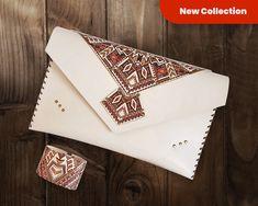 Aztec print leather purse, Aztec clutch, bohemian leather bag, Etnic purse, Aztec ipad case, Leather purse, American Heritage leather bag