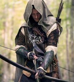 The Lord of the Rings: Aragorn Ranger Bow - Costume Fantasy Male, Fantasy Warrior, Tolkien, Fantasy Inspiration, Character Inspiration, Larp, Armadura Steampunk, O Silmarillion, Lord Of Rings