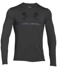 Whether you're looking for coverage for a training run or style for the weekend, this Under Armour shirt features performance fabric and a sleek look for working out or chilling out. Under Armour Shirts, Under Armour Men, Sport Videos, Cute Couple Shirts, Oufits Casual, Sport Chic, Sport Style, Work Looks, Athletic Wear