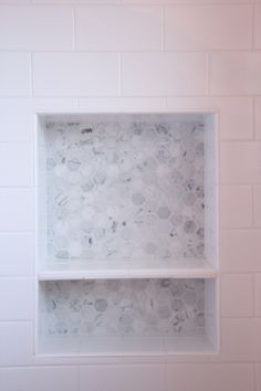 Renovation Trends: Hex Tile 2019 white subway tile shower recessed niche with marble hex tile The post Renovation Trends: Hex Tile 2019 appeared first on Shower Diy. Tile Shower Niche, White Subway Tile Shower, Subway Tile Showers, Bathroom Niche, Bathroom Renos, Small Bathroom, Subway Tiles, Shower Bathroom, Bathroom Ideas