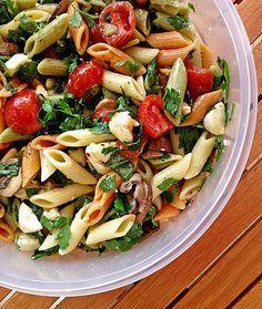 Mozzarella - Nudel Salat, ein schmackhaftes Rezept aus der Kategorie Gemüse. Bewertungen: 43. Durchschnitt: Ø 4,4.