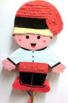 Piñata del Patufet - piñata personalizada yiilpor buenas noches   María