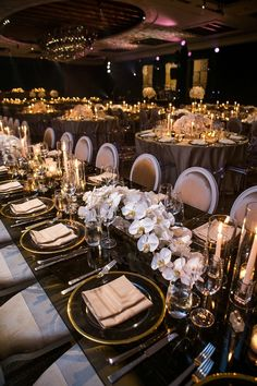 Take a look at photos of our floral designs. From weddings to fashions shows on the catwalk, we immortalized our most beautiful designs. White Wedding Decorations, Wedding Themes, Wedding Centerpieces, Wedding Designs, Wedding Venues, Cute Wedding Ideas, Wedding Goals, Magical Wedding, Dream Wedding