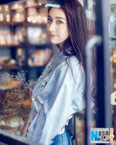 Chinese actress Jia Qing  http://www.chinaentertainmentnews.com/2015/07/jia-qing-covers-fashion-magazine.html