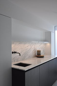 Shelving design Laundry room - VLJ Residence in Belgium by vlj-architecten House Interior, Home Kitchens, Home, Interior, Kitchen Marble, Modern Kitchen, Kitchen Remodel, Home Decor, Contemporary Kitchen