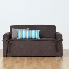 Can't afford new couches yet! Would love to buy these but they are soo expensive! Haven't seen nicer here in NZ.... Yet!