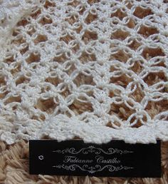 This Pin was discovered by Irm Knitting Stitches, Baby Knitting, Knitting Patterns, Crochet Patterns, Crochet Round, Cute Crochet, Crochet Doilies, Crochet Lace, Diy Crafts Knitting