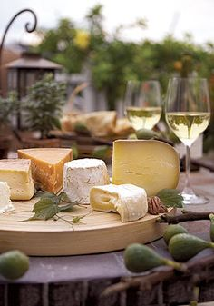 Pair your favorite white wines with these premium cheeses for a perfectly arranged evening of entertaining.