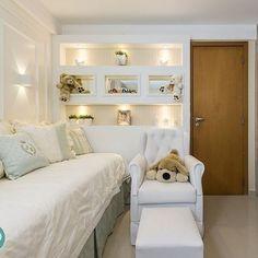 Amamos esse quartinho😍  Obg pela parceria e confiança, de sempre Mirella. - Repost fofo @mirellaprocopioarquitetura Proporcionar conforto e aconchego à quem amamos é um enorme gesto de carinho. Então, que tal dedicar um quartinho fofo como esse para o mais novo anjinho da família? #MirellaProcopio #arquitetura #babyroom #quartinhodebebe #cute #conforto #aconchego #carinho #amor