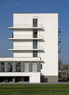 Walter Gropius, Th e Dessau Bauhaus building - Google Search