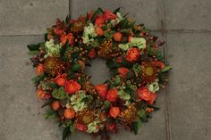Floral Wreath, Wreaths, Home Decor, Homemade Home Decor, Door Wreaths, Deco Mesh Wreaths, Garlands, Floral Arrangements, Decoration Home