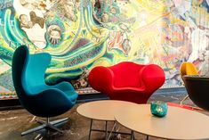 Hotel Leipzig Post Motel One with best price guarantee, free Wi-fi, free cancelation - modern and cheap budget design hotel Leipzig located near downtown. Egg Chair, One Design, Motel, Home Decor, Leipzig, Homemade Home Decor, Decoration Home, Interior Decorating