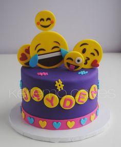 Yoghurt cake with Cook Expert - HQ Recipes Cupcakes, Cupcake Cakes, Fondant Cakes Kids, Emoji Cake, 13 Birthday Cake, Specialty Cakes, Occasion Cakes, Girl Cakes, Savoury Cake