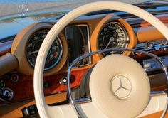 #Mercedes-Benz #280SE #280 #SE #3.5 #Coupé Mercedes Interior, Classic Mercedes, Twin Turbo, Car Detailing, Dream Cars, Mercedes Benz, Classic Cars, Automobile, School