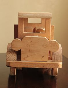 Articoli simili a Large solid pine wood dump truck with rotating wheels / wooden construction toy truck su Etsy Wooden Car, Wooden Toys, Dump Truck, Toy Trucks, Solid Pine, Diy And Crafts, Stool, Woodworking, Construction