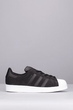 Sneakers noires/blanches paillettes Superstar W Adidas Originals sur MonShowroom.com
