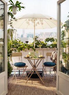 Un petit balcon aux airs de grande terrasse. Série SALTHOLMEN