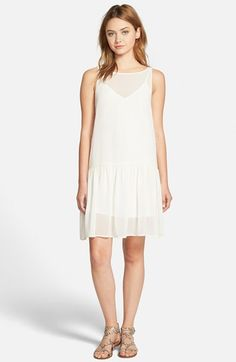 Free shipping and returns on cupcakes and cashmere 'Laurel' Sleeveless Chiffon Dress at Nordstrom.com. A layered chiffon dress exudes a modernized '20s vibe with a drop-waist design and straight-fit silhouette.
