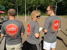 V.l.n.r. wethouders Jos Lamers (Rijnwaarden), Anja van Norel (Zevenaar) en Arthur Boone (Westervoort) tijdens de Liemerse sportdag op Sportpark Hengelder in Zevenaar. dlhg
