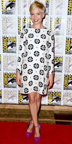 Michelle Williams styled her printed Giulietta shift with suede heels at Comic-Con.