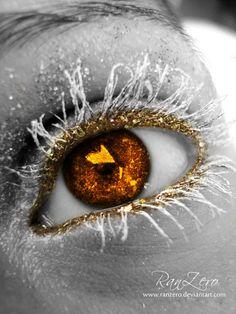 Golden Glitter Eye by ~RanZero on deviantART