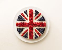Andy Grimshaw Union Jack Cake, British Party, Royal Cakes, London Cake, Vegan Recipes, Cooking Recipes, Cake Board, I Love Food, Afternoon Tea