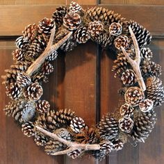 Pottery Barn Knockoff Faux Antler Wreath   AllFreeDIYWeddings.com. getting rustic and lookin' good!!! xoxo.
