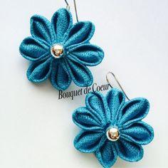 ハンドメイドフラワーアクセサリー ターコイズブルーピアス ¥500 Handmade flower accessory Turquoise blue pierce