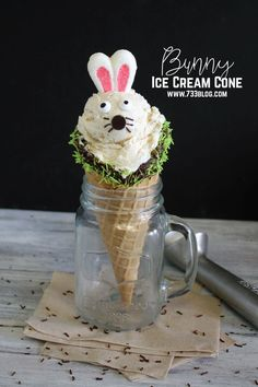 This easy DIY Bunny