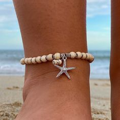 Diy Beaded Bracelets, Ankle Bracelets, Summertime Outfits, Healing Bracelets, Turquoise Beads, Metal Beads, Anklets, Starfish, Sneakers Fashion