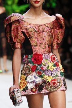 Dolce & Gabbana | Milan Fashion Week | Spring 2017 / http://forlikeminded.tumblr.com/archive