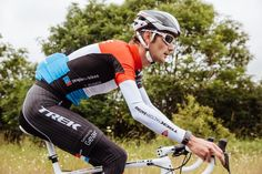 SamsungMobile has partnered with Trek Factory Racing @TrekBikes