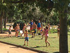 Guerra de agua en Camping Mas Nou para hacer pasar el calor y sobretodo pasarlo muy bien.
