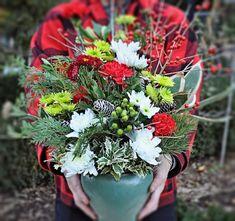 Втілити креативні ідеї на тематику зимових композицій допоможуть флористи www.deliveryflower.com.ua #flowers #lviv #квітильвів #букетильвів #купитиквітильвів #доставкаквітів #безкоштовнадоставка #квіти