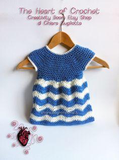 theheartofcrochet.com -  Vestitino bimba all'uncinetto - crocheted dess for girl