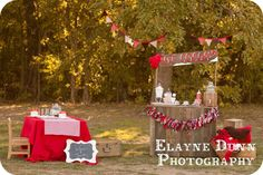 hot coco mini session | styled this Hot Cocoa party for Elayne's holiday mini sessions ...