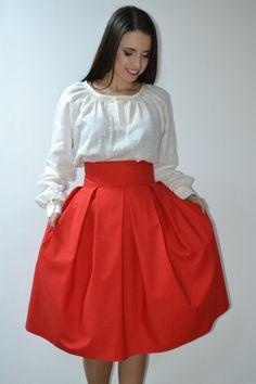 Fusta cu pliuri este lucrata manual din bumbac 100 % . Aceasta se poate confectiona la comanda in functie de dorintele fiecareia Waist Skirt, High Waisted Skirt, Skirts, Fashion, Atelier, Moda, La Mode, Skirt
