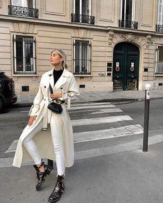 street style black and white outfit idea White Fashion, Look Fashion, Fashion Outfits, Womens Fashion, Fashion Mode, Fashion Clothes, Fall Winter Outfits, Autumn Winter Fashion, Summer Outfits