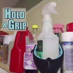 Portable Grabber & Reacher Tool If you are looking for a product to help easy pickup and grab object House Cleaning Tips, Cleaning Hacks, Cleaning Supplies, Decoration Gris, Limpieza Natural, Jewelry Hooks, Clever Gadgets, Stain Remover Carpet, Home Gadgets